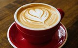 Ako na domáce cappuccino: od dvacky až po profesionálne vybavenie