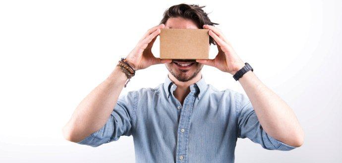 Cédéčka jsou pasé. Hudbu si lidé užívají očima virtuální reality