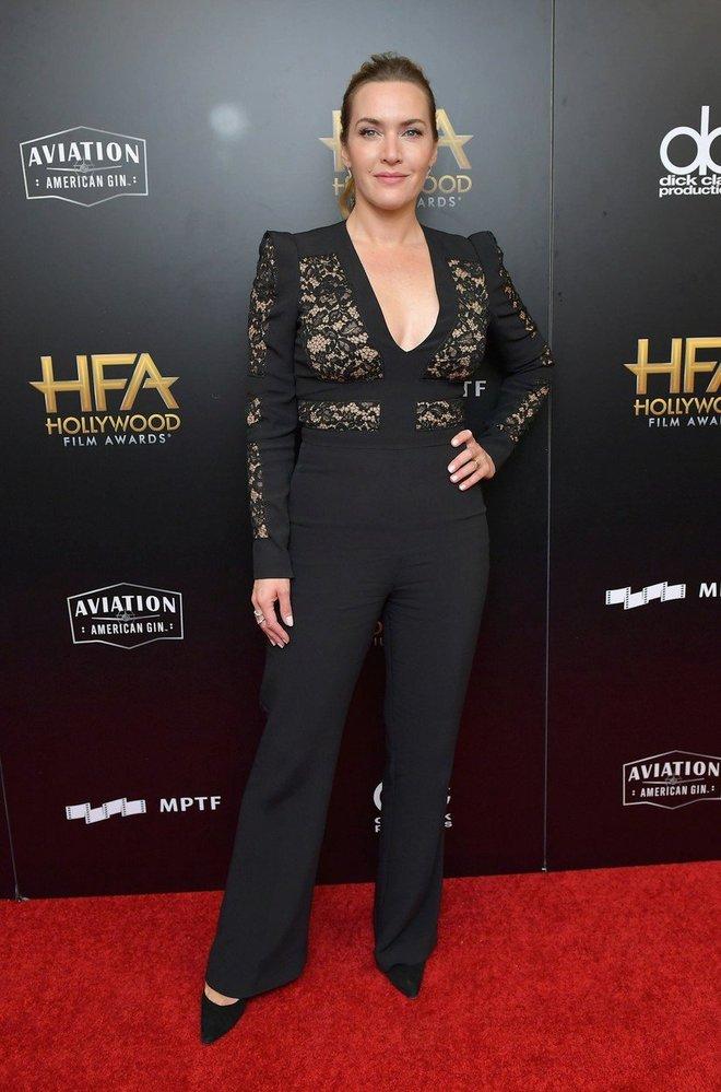 Kate Winslet v kostýmu Elie Saab