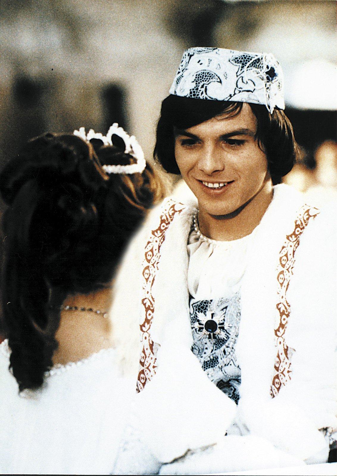 Pavel Trávníček jako princ v pohádce Tři oříšky pro Popelku.