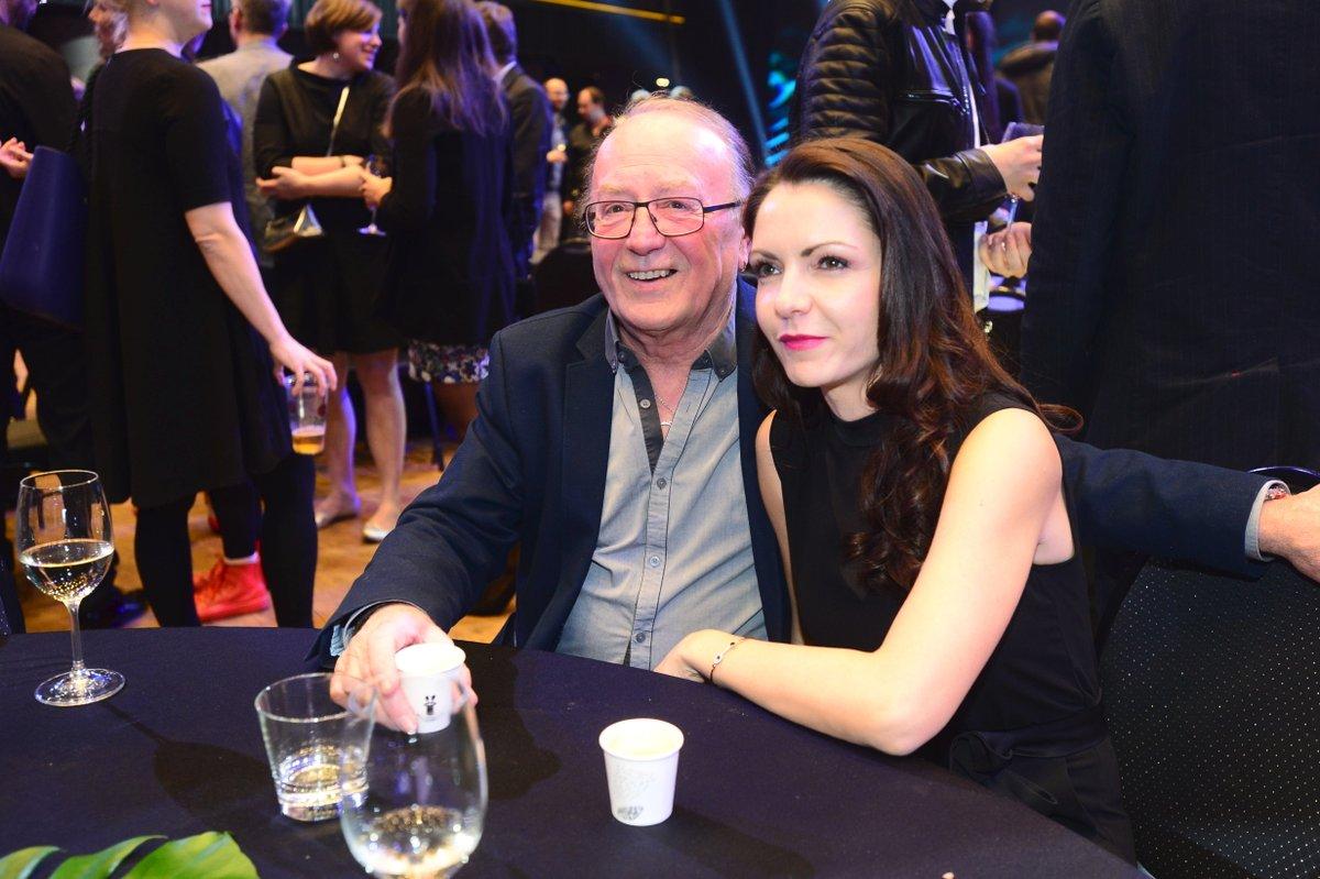 Petr Janda s manželkou na cenách Anděl