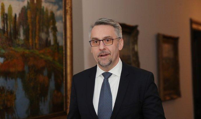 Ministr vnitra v demisi Lubomír Metnar (za ANO)