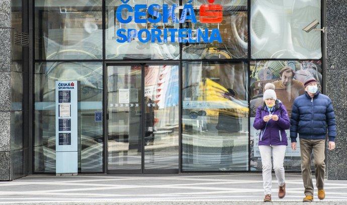 České banky přecházejí na videoporadenství. Přiměli je k tomu mladí zákazníci a pandemie