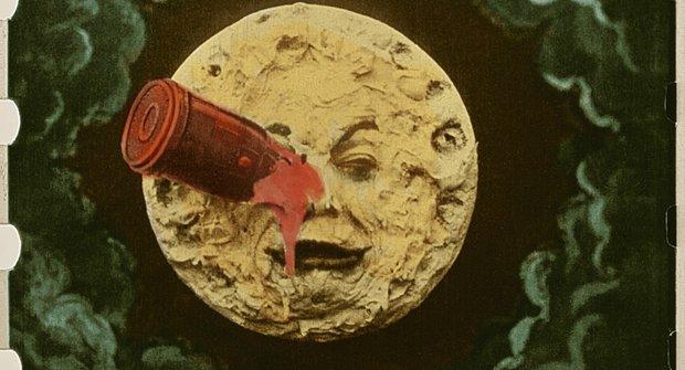 Do kin se vrací legendární pradědeček všeho sci-fi Cesta na Měsíc