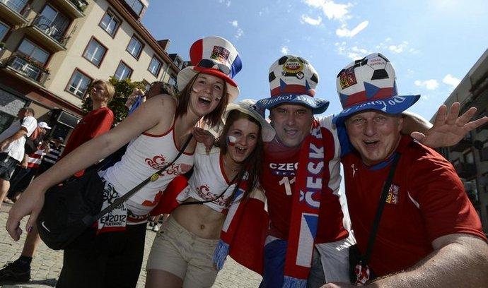 Čeští fotbaloví fanoušci, ilustrační foto.