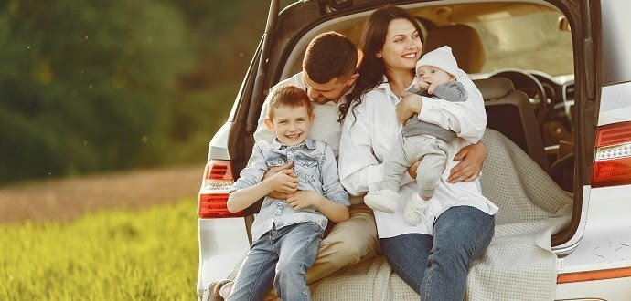 Pohodlná cesta autem: 8 vychytávek, které vám s tím pomůžou