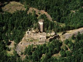 Cestování po Česku: Zříceniny gotických hradů jsou ideální pro podzimní výlety
