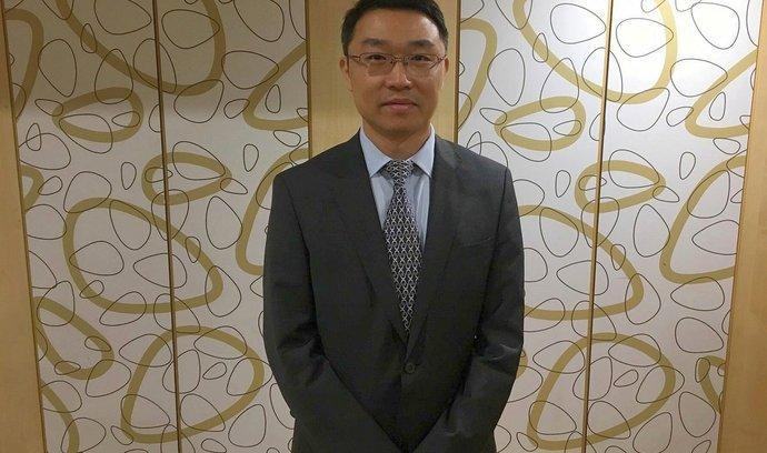 Wang Jinsong - Ekonomicko-obchodní rada Velvyslanectví Čínské lidové republiky