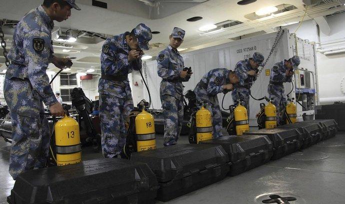 Čínští námořníci se připravují na další kolo pátrání po letu MH370