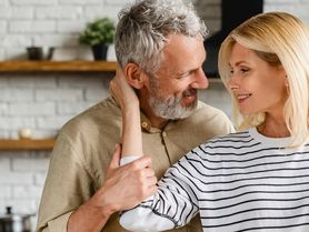 Co ženy drží v manželství i po 20 letech? Je to láska?