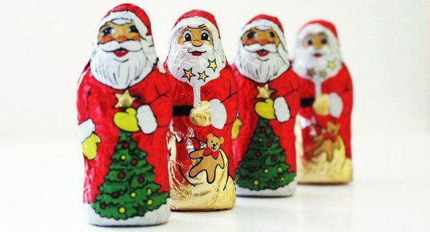 Cesta čokolády: Vánoční figurky z Afriky
