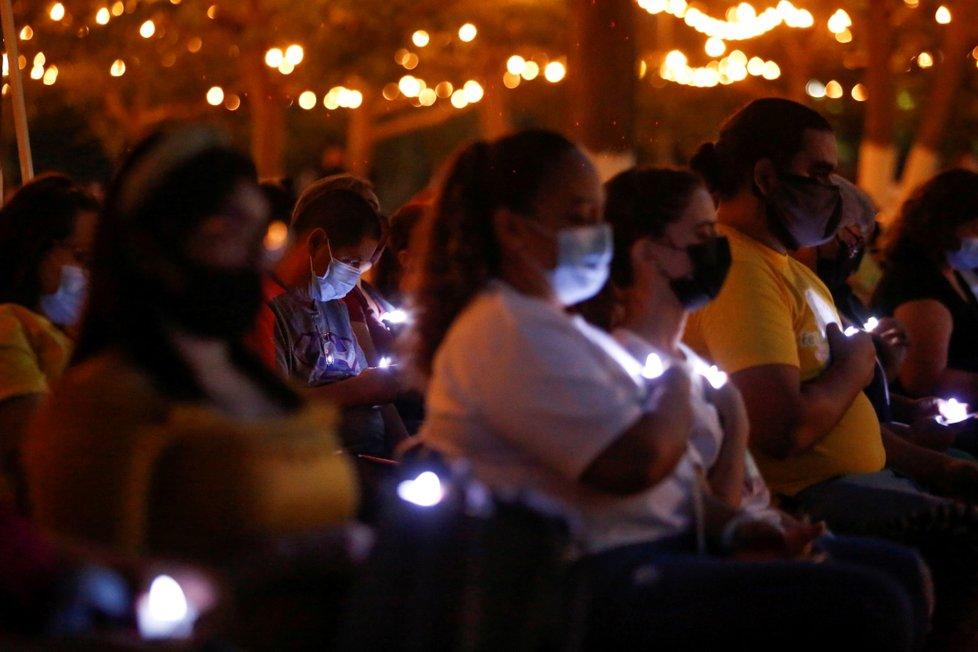 Pieta za oběti covidu v Mexiku (24.10.2021)