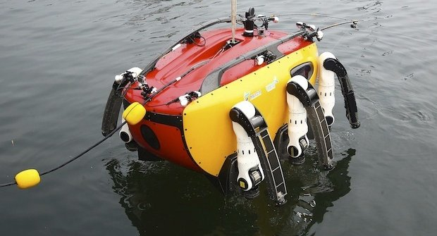 Jak se testuje podmořský robot Crabster CR200