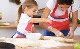 5 druhů cukroví, které s přehledem zvládnou i děti