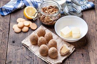 Nepečené vánoční cukroví: Vosí hnízda, kuličky i perníčky
