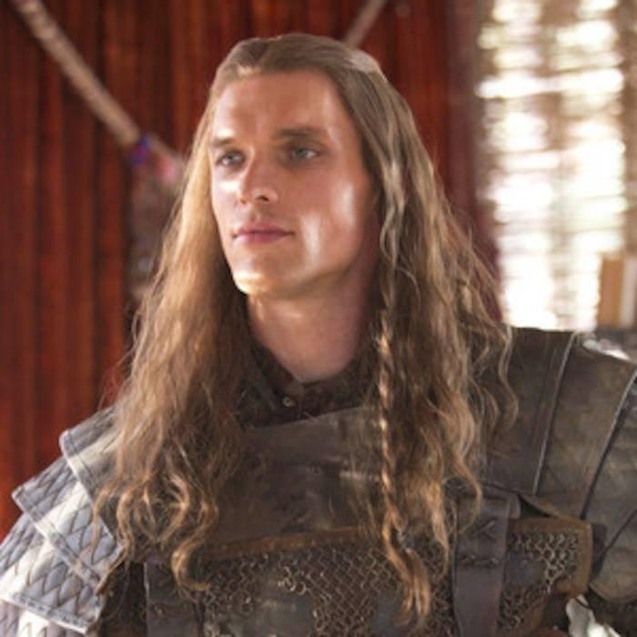 Ed Skrein hrál Daaria v prvních třech epizodách, kde se postava objevila. Později řekl, že do čtvrté série nenaskočil, protože mu v tom zabránila politika