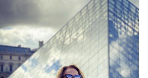 Dagmar Havlová na dovolené v Paříži.