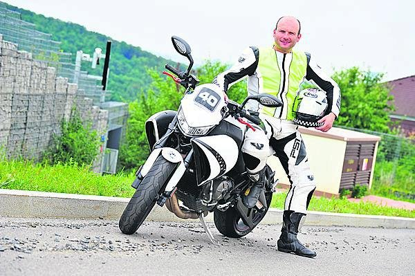 Dalibor má rád motorky.