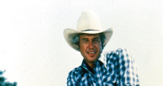 1978: Jako drsný honák krav si získal srdce mnoha žen. Ty ho pak pronásledovaly na každém kroku.