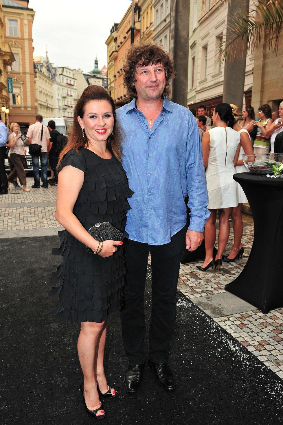 Dana Morávková (42) a Petr Malásek (49)