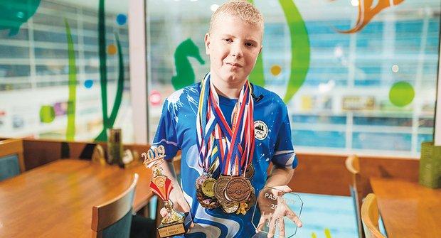 Zlatý oříšek: Jedenáctiletý Daniel chce přeplavat La Manche