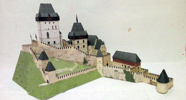 Danielovy vystřihovánky od Karlštejnu po pevnost Boyard