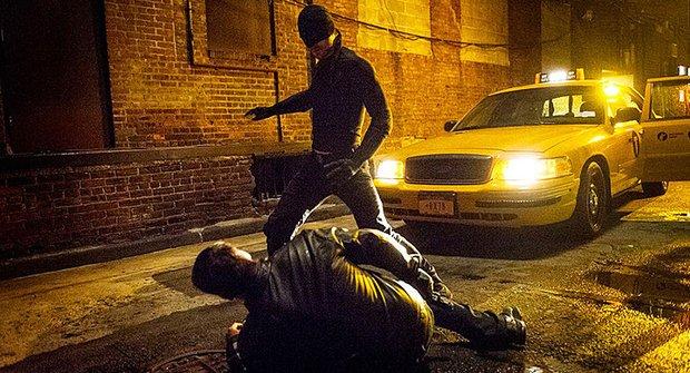 Spravedlnost je slepá: Nový temný trailer na Daredevila