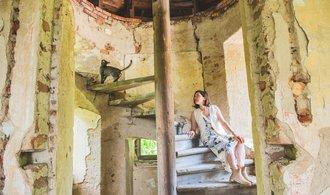 Ruině zámku, kde se oženil a psal František Palacký, se vrací život