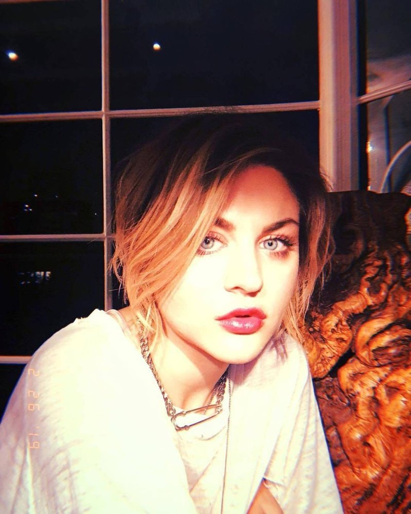 Frances Bean Cobain (dcera Kurta Cobaina a Courtney Love)