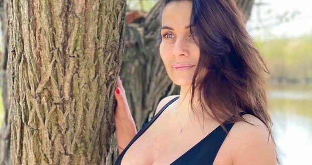 Eva Decastelo ukázala nedokonalosti svého těla.