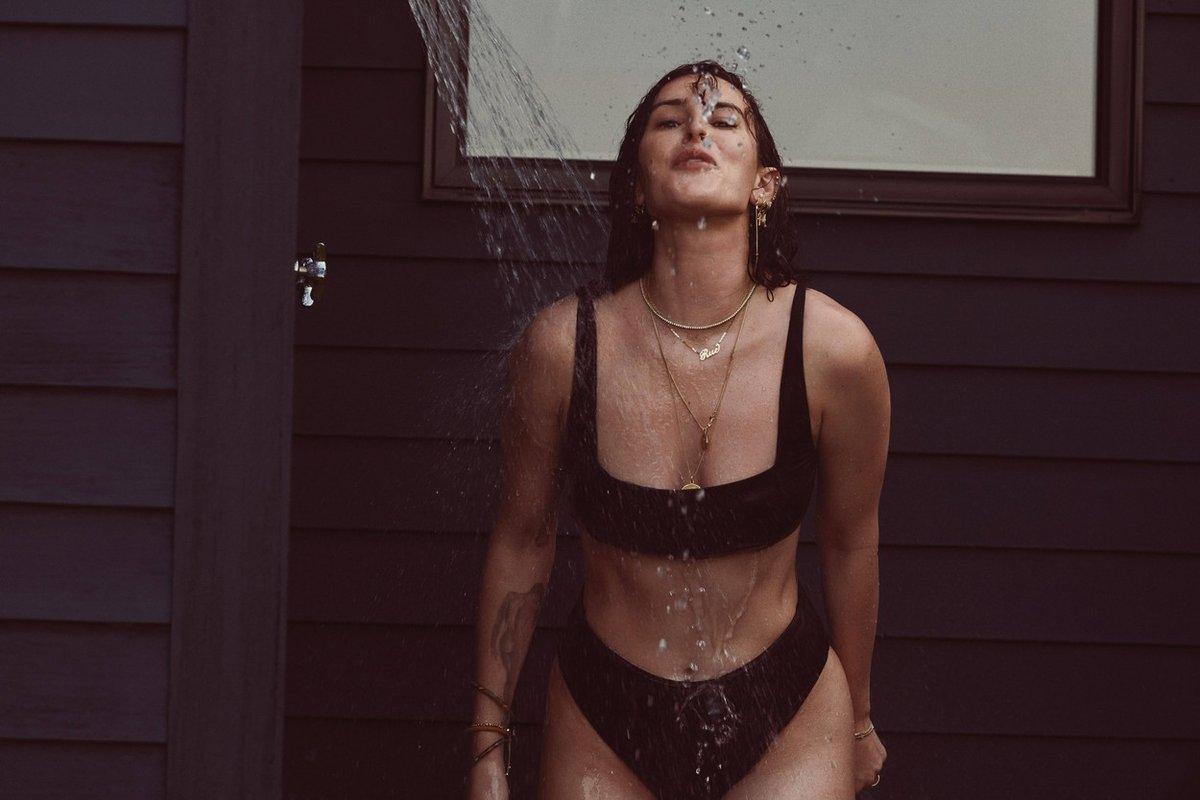 Demi Moore se svými dcerami v nové kampani plavek