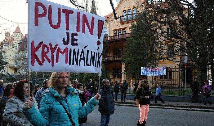 Demonstrace na podporu Ukrajiny