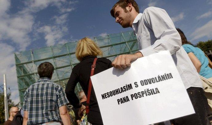 Demonstrace proti odvolání ministra spravedlnosti Jiřího Pospíšila
