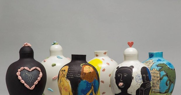 Umělkyně Zuzana si získala Designblok svými kontroverzními vázami.