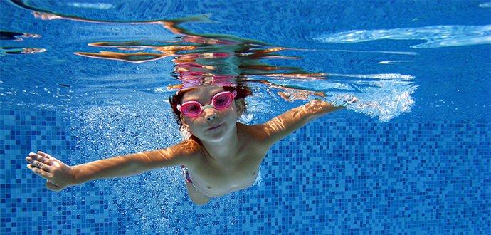 8 tipov, ako naučit deti plávať