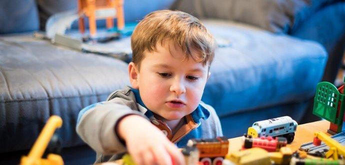 Zabavte malé neposedy: 15 aktivit, které děti zvládnou samy