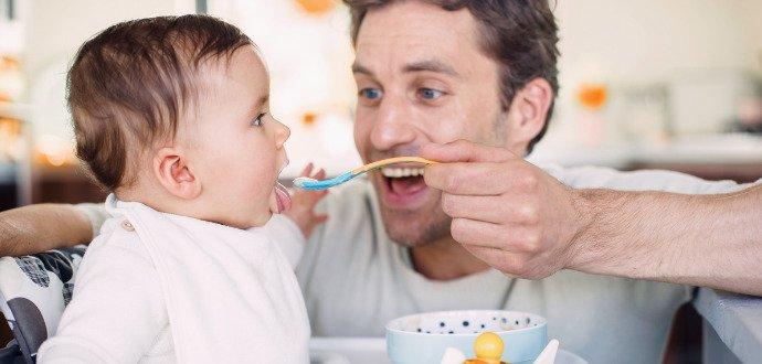 Děti a lepek: zjistěte, kdy a jak přidáte obiloviny do jídelníčku