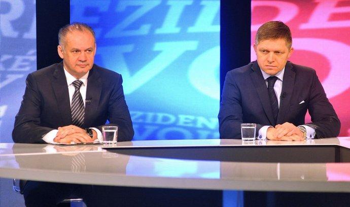 Do druhého kola postoupivší kandidáti Robert Fico a Andrej Kiska vystoupili 16. března v Bratislavě v televizní debatě po prvním kole slovenských prezidentských voleb.