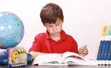 Hotové domácí úkoly za pár minut? Naučte své dítě udržovat pořádek na stole