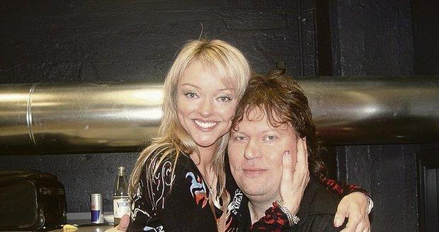 S bývalým přítelem Timem Tolkkim, se kterým se rozešla kvůli jeho maniodepresím.
