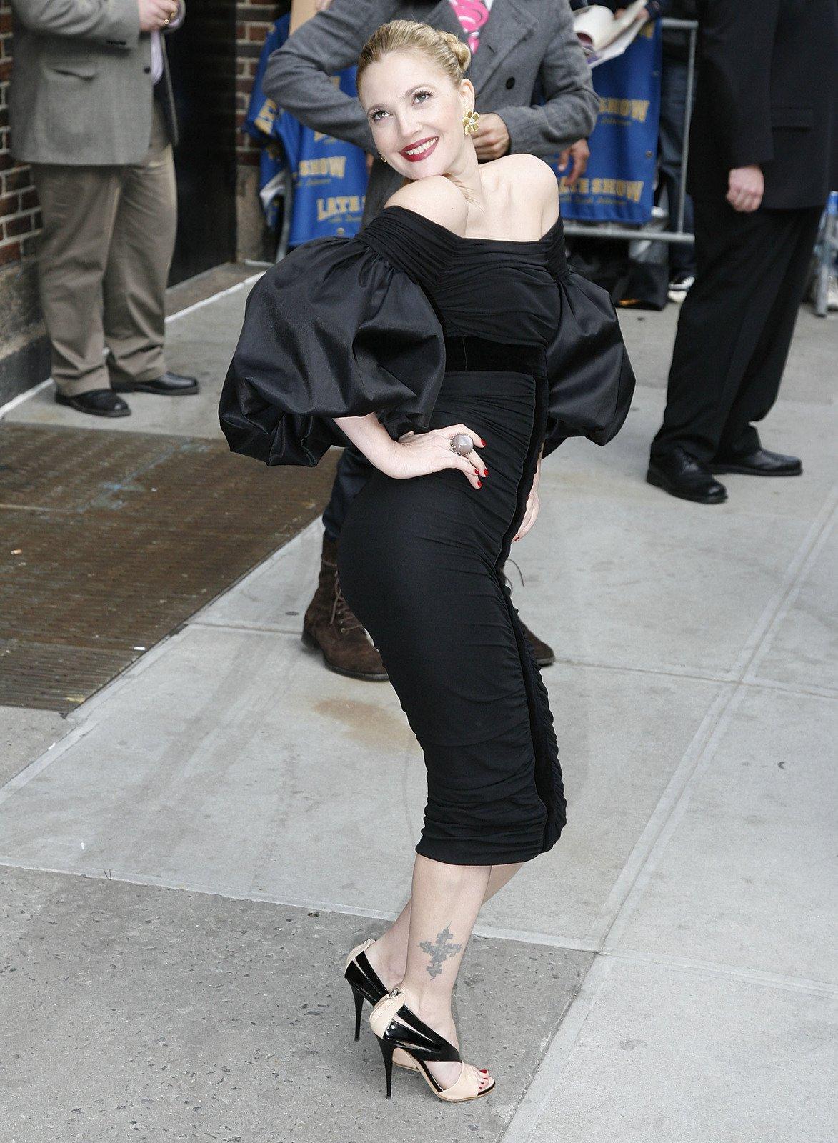 Fanoušci ji znají V perfektních šatech a ve značkových lodičkách.