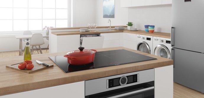 Využijte velký prostor: jak vybavit kuchyni v domě