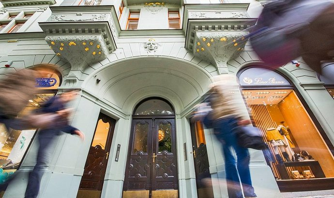 Dům v Pařížské ulici v Praze, který koupila Česká pojišťovna