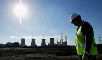 باد نمی وزد و گاز گران می شود.  بنابراین انگلیسی ها به نیروگاه قدیمی زغال سنگ دلسوزی کردند