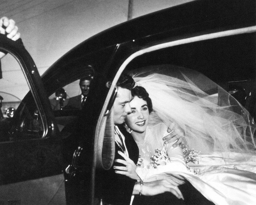 Svatba s Conradem Hiltonem