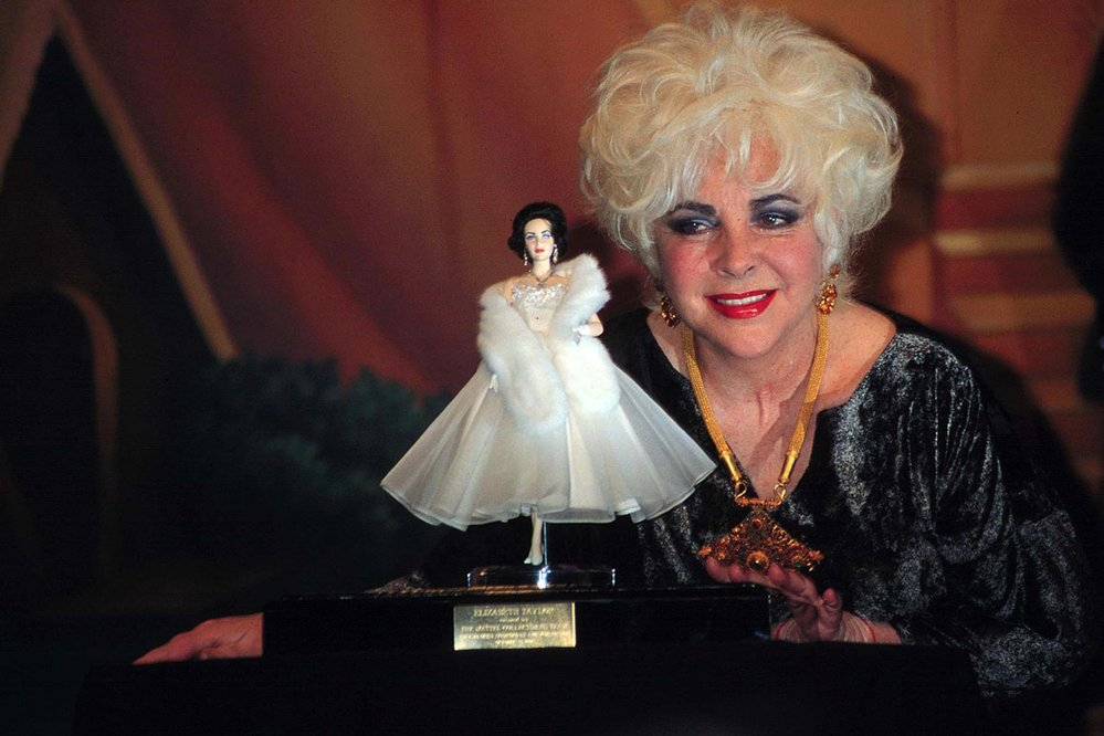 Elizabeth Taylor s panenkou Elizabeth Taylor