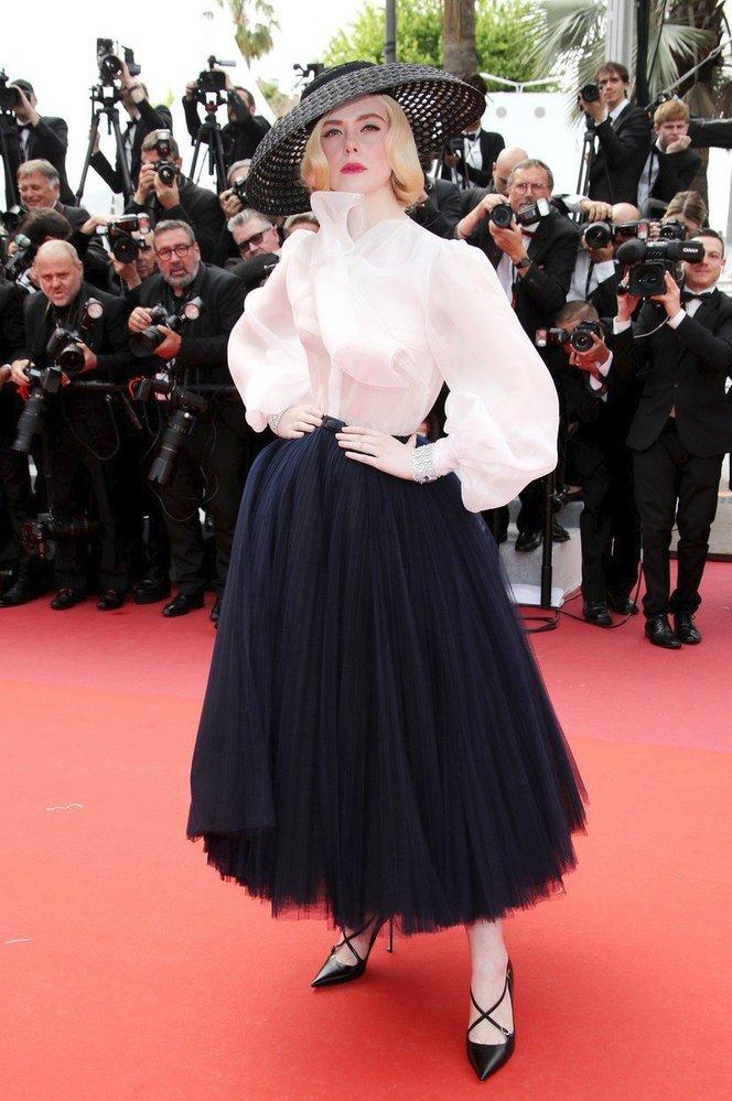 Elle Fanning v šatech Dior