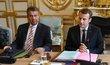 Francouzský prezident Emmanuel Macron a německý ministr zahraničí Sigmar Gabriel.