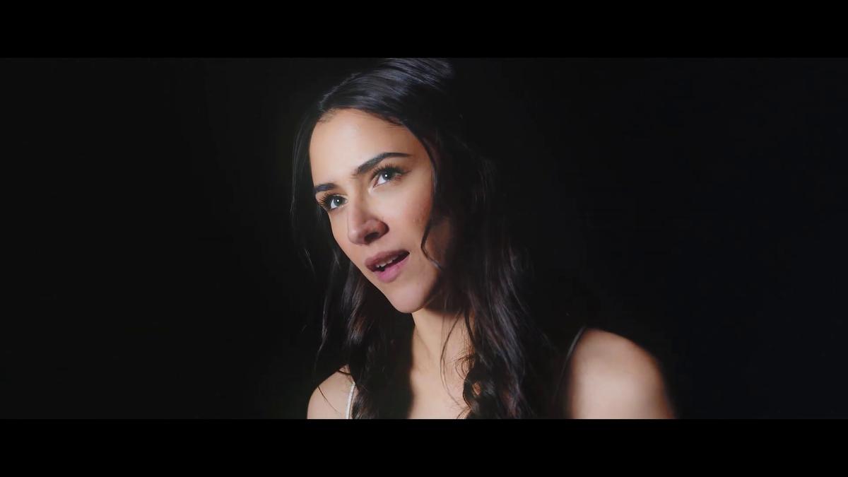 Nový klip Evy Burešové k písničce Malý princ, kde účinkuje i se synkem Nathanielem
