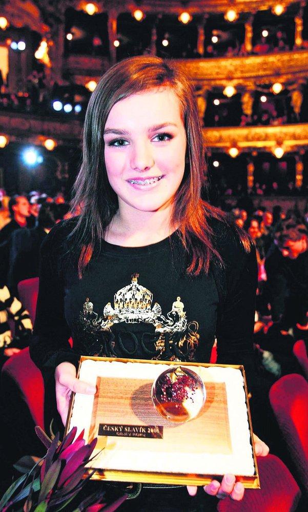 2006: Ewa Farna před deseti lety začala svoji kariéru hitem Měls mě vůbec rád